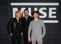 Muse dément la rumeur d'une collaboration avec Mylène Farmer